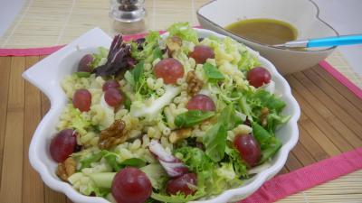 Image : Ramequin de salade de coquillettes aux noix