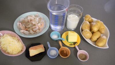 Ingrédients pour la recette : Crevettes en gratin aux pommes de terre