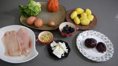 Ingrédients pour la recette : Salade de pommes de terre et merlan