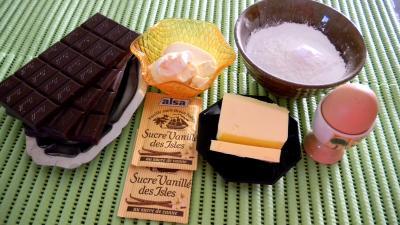 Ingrédients pour la recette : Truffes au chocolat parfumées