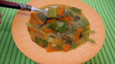 fenouil frais : Assiette de carottes au ris de veau