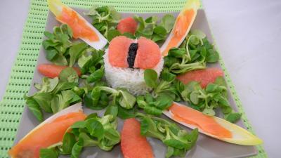 Salade de truite fumée et sa brochette de viandes - 7.3