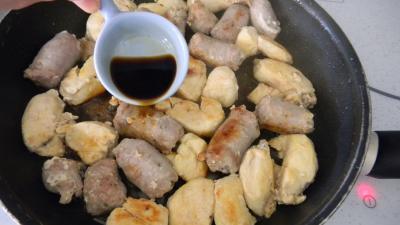 Salade de truite fumée et sa brochette de viandes - 5.1