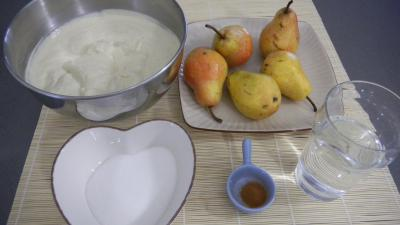 Ingrédients pour la recette : Poires à la crème chiboust