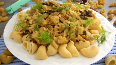 fumet de poisson : Lieu noir sauté aux pâtes et aux légumes