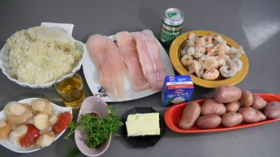 Ingrédients pour la recette : fruits de mer, panga et choucroute