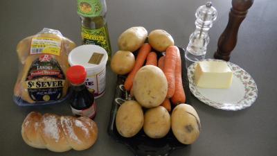 Ingrédients pour la recette : Poulet sauce soja et sa purée de carottes