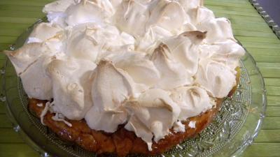 tatin : Plat de tarte tatin meringuée