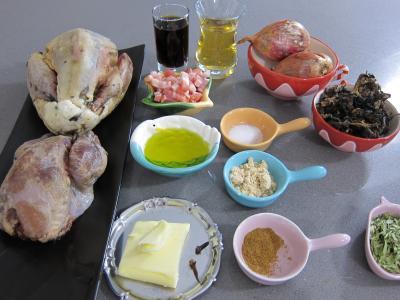 Ingrédients pour la recette : Salmis de faisan et de perdrix