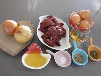 Ingrédients pour la recette : Hachis de foie de poulet à la juive