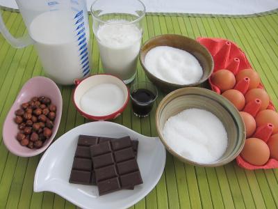 Ingrédients pour la recette : Île flottante au chocolat