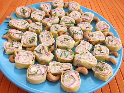 Recette Assiette de roulés au jambon, brousse et mascarpone