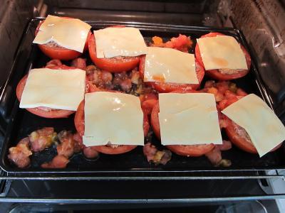 Tomates farcies chipolatas et merguez - 6.2
