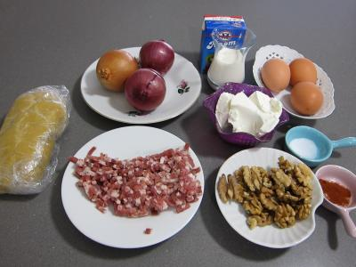 Ingrédients pour la recette : Tarte aux oignons et aux noix