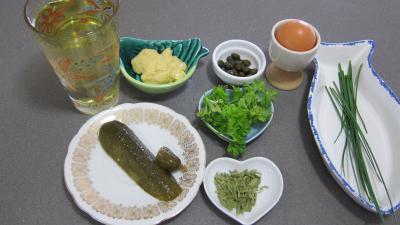 Ingrédients pour la recette : Sauce rémoulade