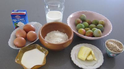 Ingrédients pour la recette : Flan aux mirabelles et aux noisettes