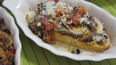 Recette Cassolette de crostinis d'aubergines et son concassé de boeuf façon italienne