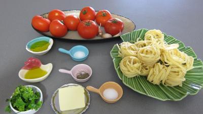 Ingrédients pour la recette : Antipastis à la tomate