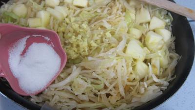 Compotée de chou aux figues et aux pommes - 7.3